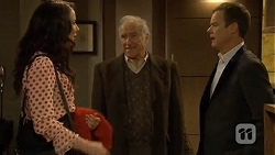 Kate Ramsay, Jack Lassiter, Paul Robinson in Neighbours Episode 6719