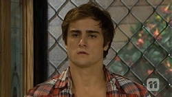 Kyle Canning in Neighbours Episode 6721