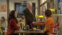 Kate Ramsay, Jack Lassiter, Susan Kennedy in Neighbours Episode 6723