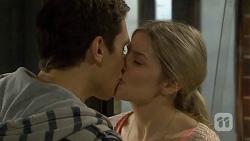 Josh Willis, Amber Turner in Neighbours Episode 6726
