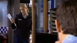 Snr. Const. Kelly Merolli, Matt Turner in Neighbours Episode 6726