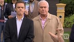 Paul Robinson, Lou Carpenter in Neighbours Episode 6727