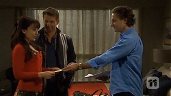 Vanessa Villante, Lucas Fitzgerald, Alec Pocoli in Neighbours Episode 6728