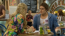 Georgia Brooks, Kyle Canning in Neighbours Episode 6729