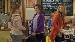 Josie Lamb, Susan Kennedy, Sonya Mitchell in Neighbours Episode 6731