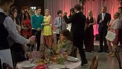Imogen Willis, Josh Willis, Amber Turner, Bailey Turner, Vanessa Villante, Lucas Fitzgerald in Neighbours Episode 6732