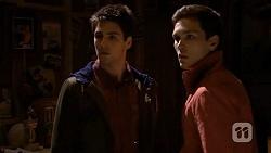 Chris Pappas, Josh Willis in Neighbours Episode 6733