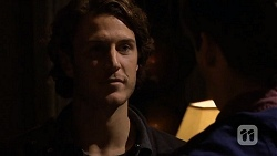 Robbo Slade, Chris Pappas in Neighbours Episode 6733