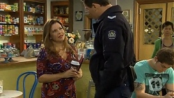 Terese Willis, Matt Turner in Neighbours Episode 6734