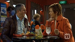 Karl Kennedy, Susan Kennedy in Neighbours Episode 6735