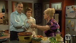 Karl Kennedy, Susan Kennedy, Sheila Canning in Neighbours Episode 6736