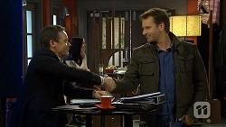 Paul Robinson, Lucas Fitzgerald in Neighbours Episode 6737