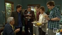 Lou Carpenter, Lucas Fitzgerald, Karl Kennedy, Toadie Rebecchi, Susan Kennedy, Kyle Canning in Neighbours Episode 6737