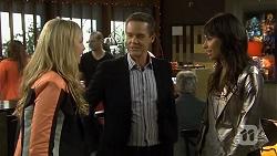 Georgia Brooks, Paul Robinson, Amali Ward in Neighbours Episode 6737