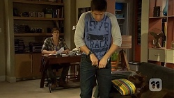 Kyle Canning, Chris Pappas  in Neighbours Episode 6738