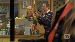 Lauren Turner, Karl Kennedy  in Neighbours Episode 6738