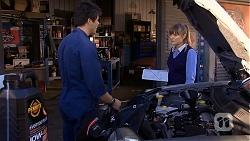 Chris Pappas, Danni Ferguson  in Neighbours Episode 6738