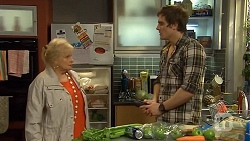 Sheila Canning, Kyle Canning in Neighbours Episode 6739