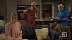 Amber Turner, Lauren Turner, Lou Carpenter in Neighbours Episode 6740