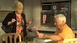 Sheila Canning, Lou Carpenter in Neighbours Episode 6742
