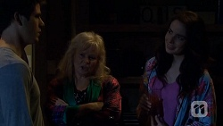 Chris Pappas, Sheila Canning, Kate Ramsay in Neighbours Episode 6743