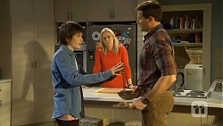 Bailey Turner, Lauren Turner, Matt Turner in Neighbours Episode 6743