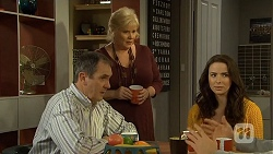 Paul Robinson, Sheila Canning, Kate Ramsay in Neighbours Episode 6743