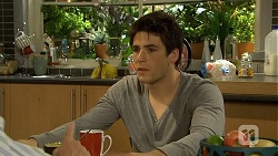 Chris Pappas in Neighbours Episode 6743