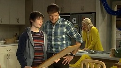 Bailey Turner, Matt Turner, Lauren Turner in Neighbours Episode 6744