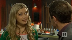 Georgia Brooks, Paul Robinson in Neighbours Episode 6745