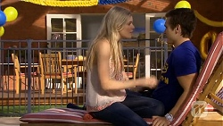 Amber Turner, Josh Willis in Neighbours Episode 6745