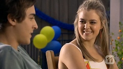 Mason Turner, Louise Carpenter (Lolly) in Neighbours Episode 6745
