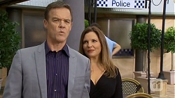 Paul Robinson, Terese Willis in Neighbours Episode 6746