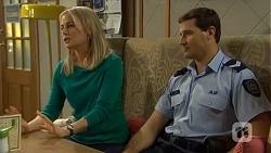 Lauren Turner, Matt Turner in Neighbours Episode 6746