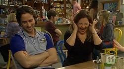 Brad Willis, Terese Willis in Neighbours Episode 6746