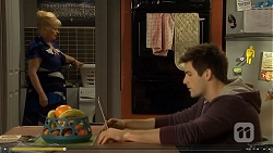Sheila Canning, Chris Pappas in Neighbours Episode 6748