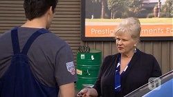 Chris Pappas, Sheila Canning in Neighbours Episode 6748