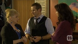 Sheila Canning, Toadie Rebecchi, Kate Ramsay in Neighbours Episode 6749