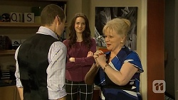 Toadie Rebecchi, Kate Ramsay, Sheila Canning in Neighbours Episode 6749