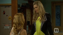Gemma Reeves, Georgia Brooks in Neighbours Episode 6752