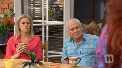 Lauren Turner, Lou Carpenter in Neighbours Episode 6755