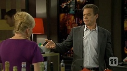 Sheila Canning, Paul Robinson in Neighbours Episode 6755