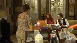 Susan Kennedy, Rhiannon Bates, Mason Turner in Neighbours Episode 6758