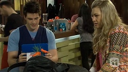 Chris Pappas, Georgia Brooks in Neighbours Episode 6760