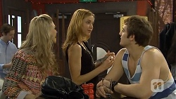 Georgia Brooks, Gemma Reeves, Kyle Canning in Neighbours Episode 6761