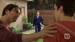Brad Willis, Matt Turner, Josh Willis in Neighbours Episode 6761