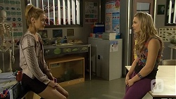 Gemma Reeves, Georgia Brooks in Neighbours Episode 6762