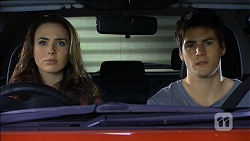 Kate Ramsay, Chris Pappas in Neighbours Episode 6766
