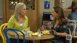 Lauren Turner, Terese Willis in Neighbours Episode 6767