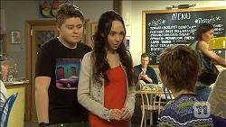 Callum Jones, Imogen Willis, Susan Kennedy in Neighbours Episode 6769